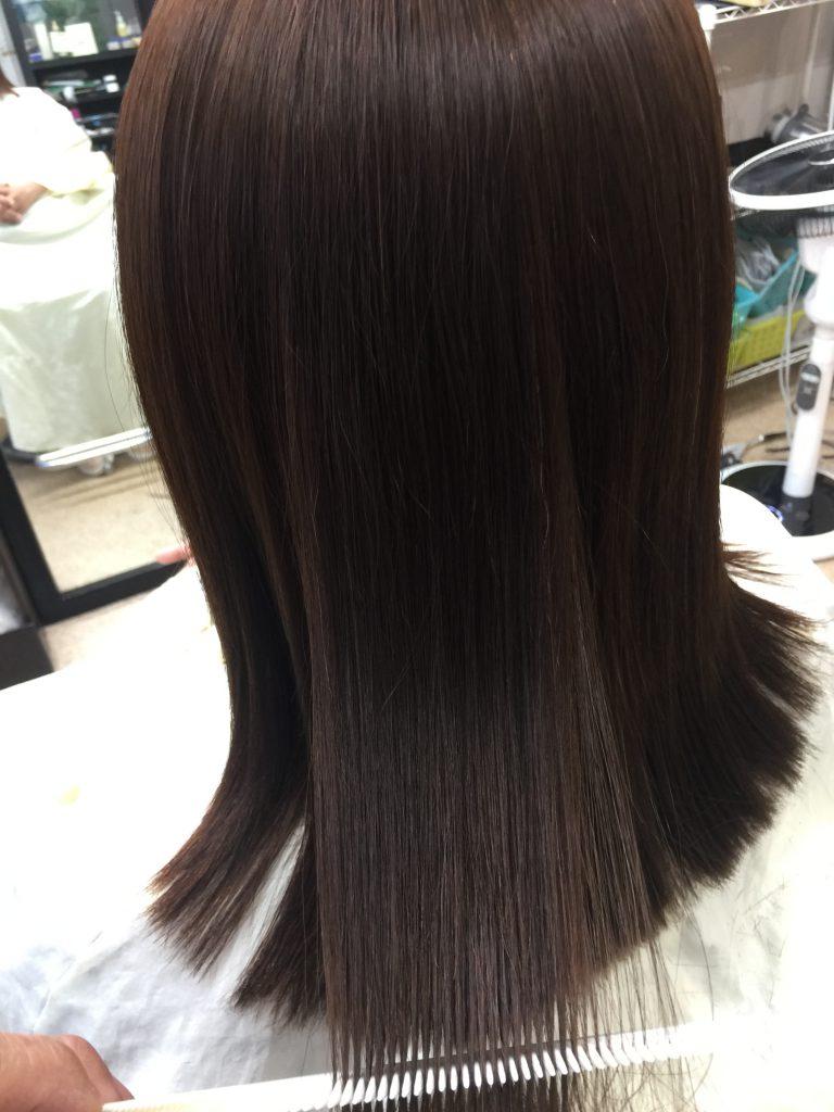縮毛矯正ストレートパーマ くせ毛 志摩市阿児町鵜方 美容室 美容院 サラサラストレートパーマ 上手 美容師 広がる髪